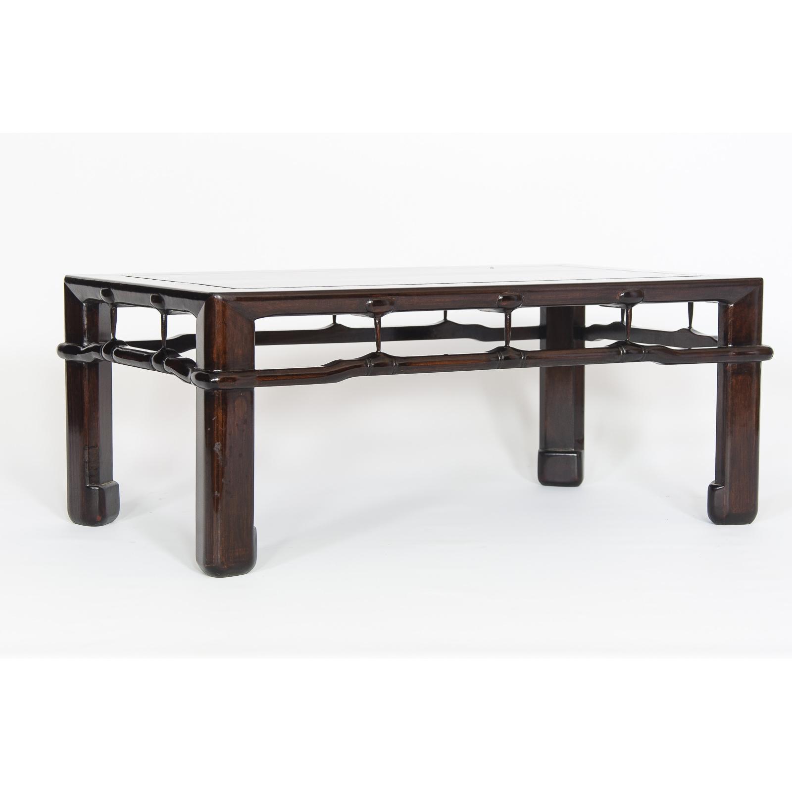 Mesa de exposición ME-003