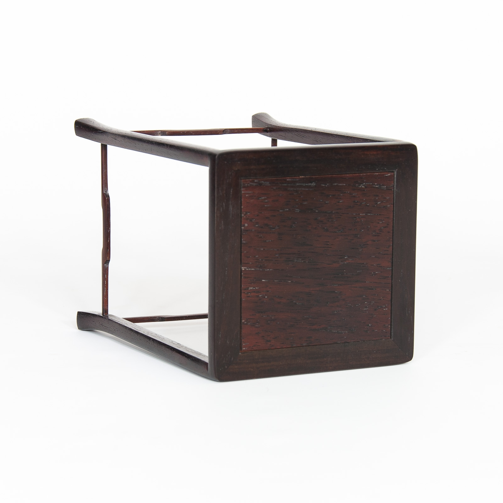 Mesa de exposición ME-012