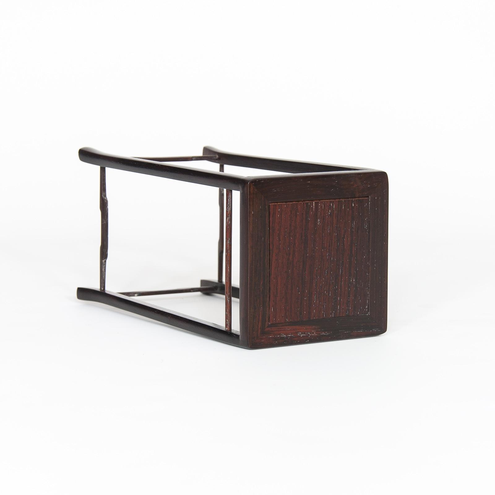 Mesa de exposición ME-013