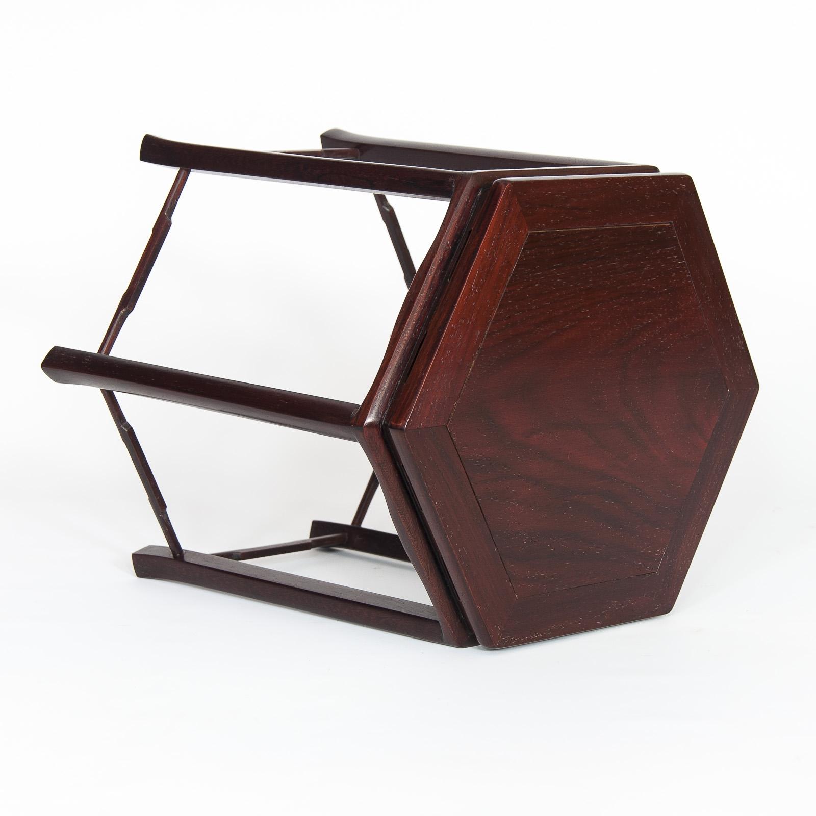Mesa de exposición ME-014