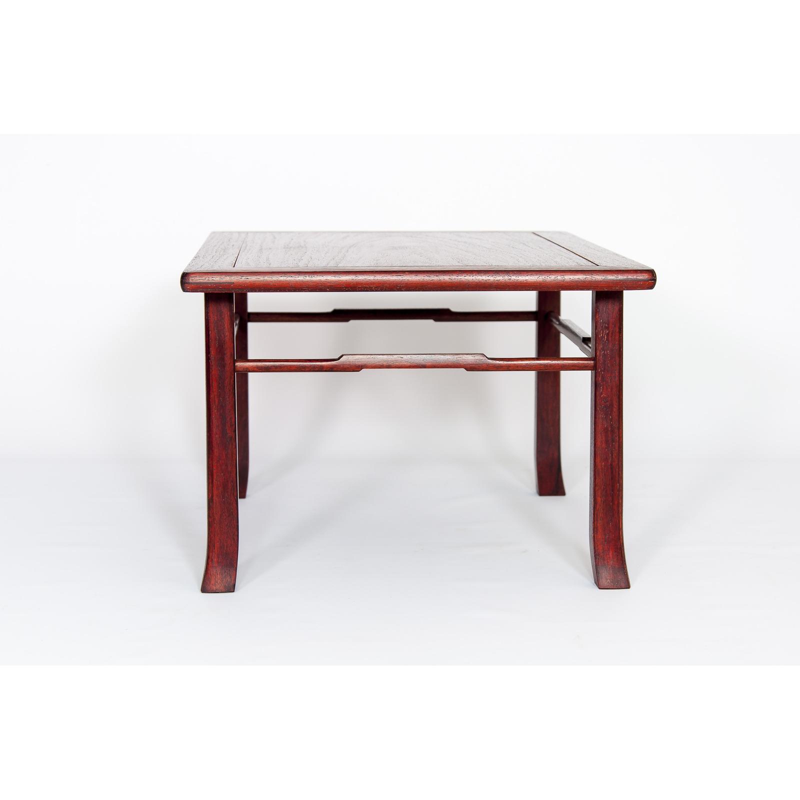 Mesa de exposición ME-018