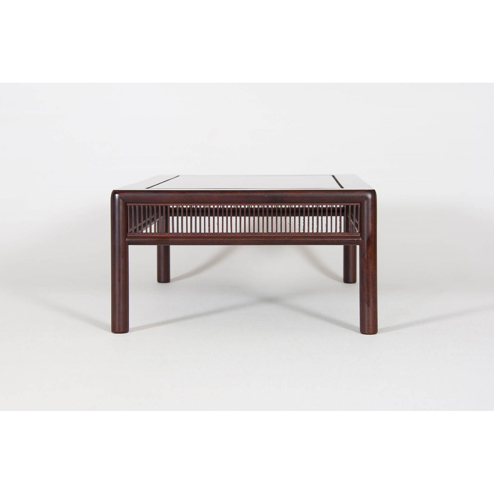 Mesa de exposición Nueva MN-001
