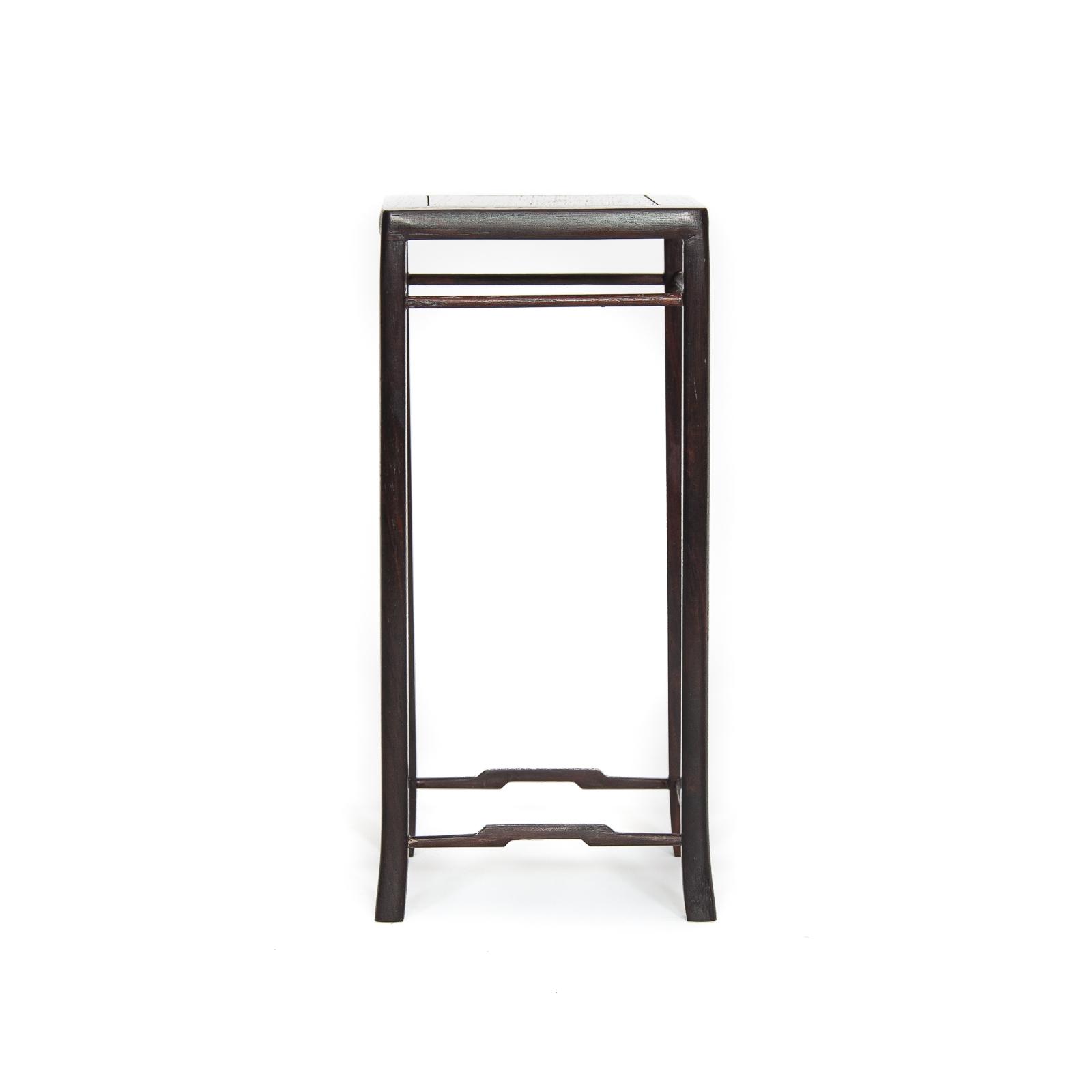 Table used MU-013